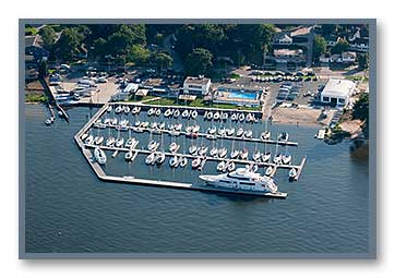 Aerial photo of the Muskegon Yacht Club