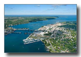 Sturgeon Bay looking west