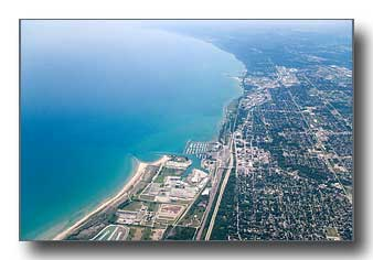 Waukegan Lake Michigan shoreline looking south